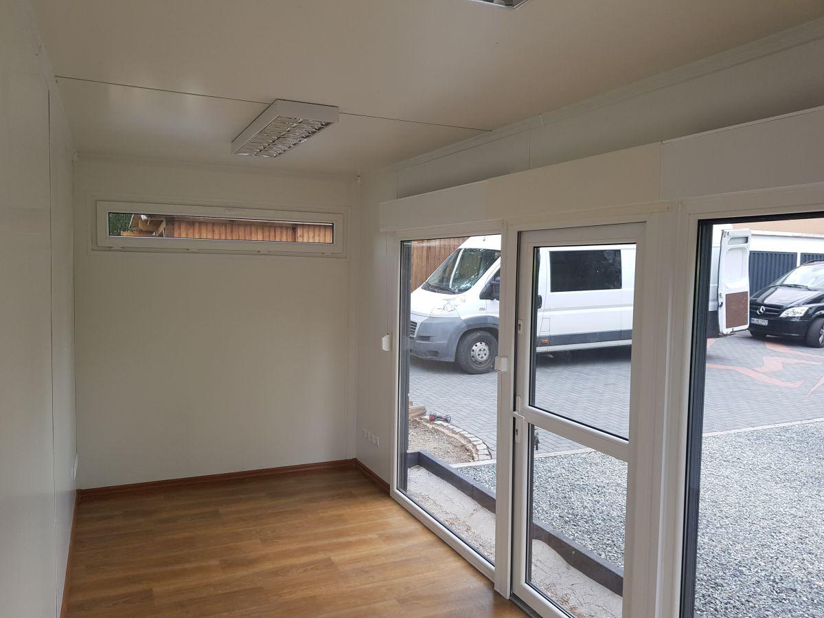 Bürocontainer mit Fassadenverkleidung